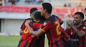 Angelo Lucena celebró su gol con su padre. Twitter/Portuguesa_FC