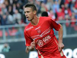 Anthony Le Tallec, pictured in action on September 30, 2012, opts to continue his career in Greece, agreeing to a two-year deal with Atromitos