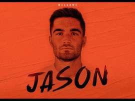 Jason ya es jugador del Valencia. Twitter/valenciacf