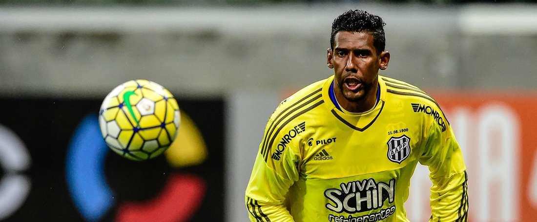 Aranha ha renovado su contrato con el Ponte Preta hasta el 31 de diciembre de 2017. AAPP