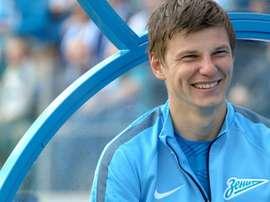 Arshavin jugará para el Kairat Almaty de la Liga Kazaja. Twitter