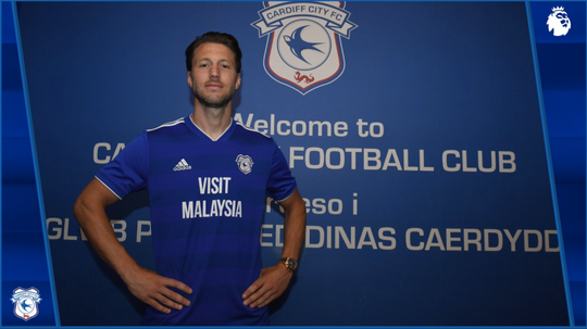 Arter signed for Cardiff on Deadline Day. Twitter/CardiffCityFC