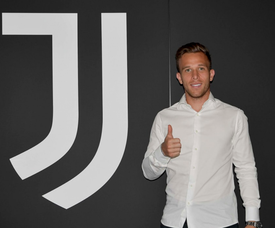 Arthur's message on Twitter when his transfer was confirmed. Twitter/Juventusfc