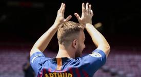 El nuevo fichaje del Barcelona, ilusionado por jugar con Messi. FCBarcelona
