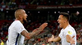 Alexis Sanchez and Arturo Vidal will both be watching the World Cup from the stands. EFE
