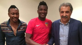 Asamoah Gyan jugará esta temporada en el fútbol turco. Twitter/Kayserispor