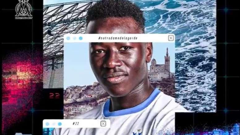 Pape Gueye probará en la Ligue 1 con el OM. Twitter/OM_Officiel