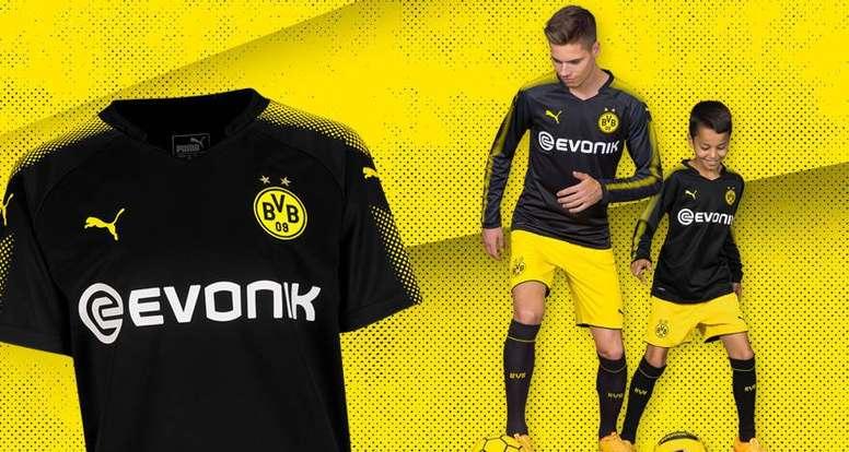 10466b1eb2b3c Pin El Borussia Dortmund presentó su segunda equipación. BorussiaDortmund