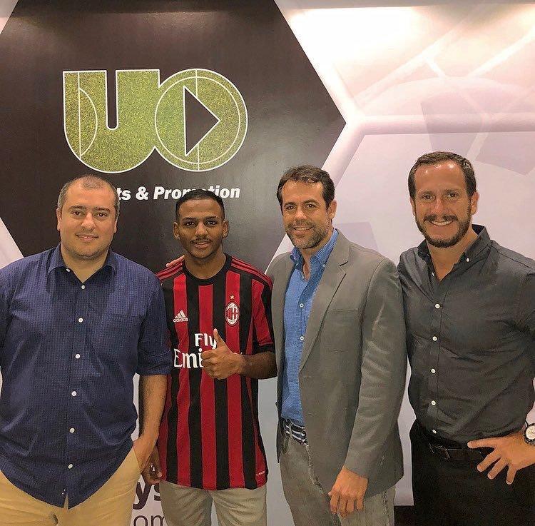 Nathan Bernardes Soares abandona el Milan. Twitter