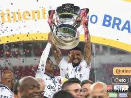 Athletico Paranaense conquista seu primeiro título da Copa do Brasil. Twitter @AthleticoPR