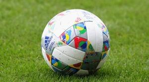 Balón oficial de la Liga de las Naciones. Adidas