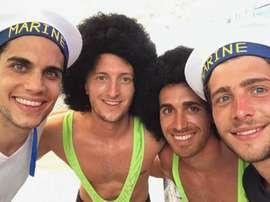 Unos iban a lo 'Borat' y otros, de marineros. Instagram