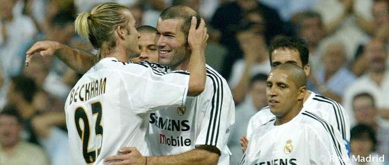 Beckham ficou conhecido por sua precisão em lançamentos e cobranças de falta. RealMadrid