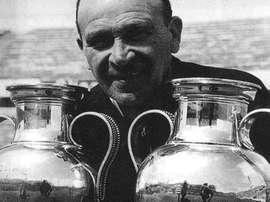 El ex entrenador soltó un maleficio que lleva medio siglo afectando al Benfica. Kienyke