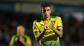 El Tottenham quiere a Godfrey. Twitter/NorwichCityFC