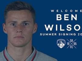 El Oldham se refuerza con la llegada de Ben Wilson. OldhamAthletic