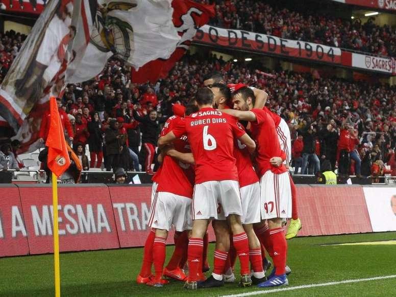 Benfica vence o Nacional em goleada histórica. Twitter @slbenfica_en