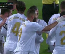 Benzema faz o terceiro do Real e supera Puskas. Captura/MovistarLaLiga