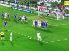 L'attaquant italient a surpris avec un tir puissant. BTSport