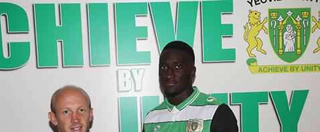Bevis Mugabi ya es nuevo jugador de Yeovil Town. YTFC