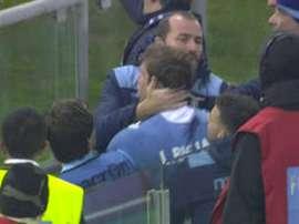 Biglia fue increpado por un seguidor de la Lazio al término del encuentro. Youtube