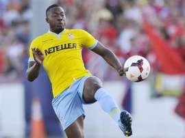El jugador firma por dos años con su nuevo equipo. CPFC