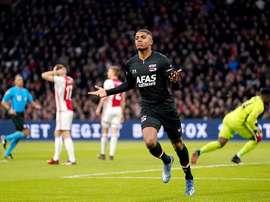 El AZ Alkmaar se pone colíder con el Ajax. Twitter/AZAlkmaar