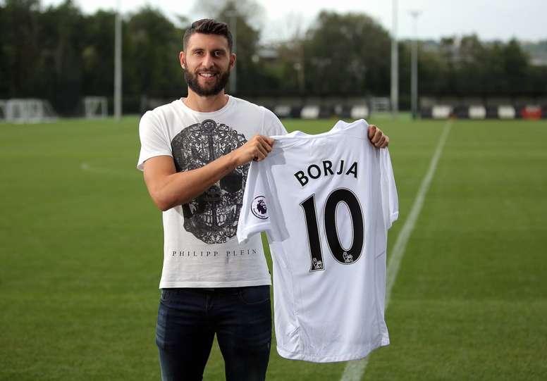 Borja Bastón está disfrutando este curso en el Swansea. SwanseaOfficial