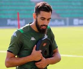 Borja Iglesias a effectué son retour lors de l'entraînement collectif. Twitter/RealBetis