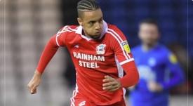 Bortwick-Jackson jugará hasta junio en el Oldham Athletic AFC. Twitter/OfficialOAFC