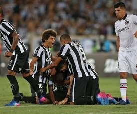 Botafogo fica sem lateral-direito para momento decisivo.