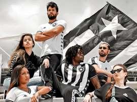 Botafogo lança uniforme com retorno da Kappa. Botafogo