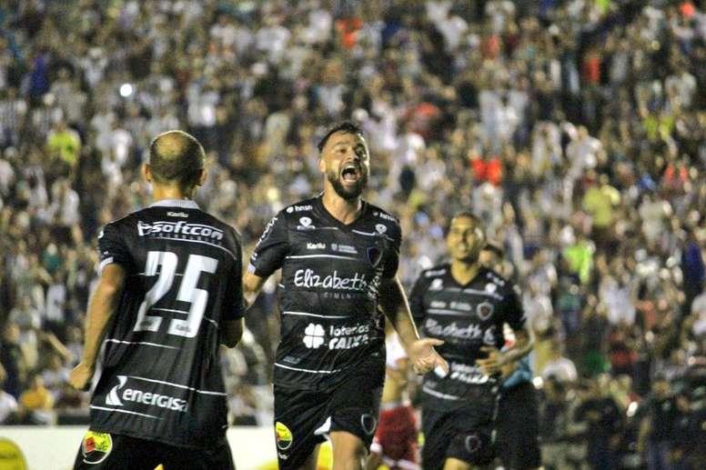 Botafogo-PB e Botafogo-SP duelam por uma vaga na Série B do Brasileirão. Twitter @BotafogoPB