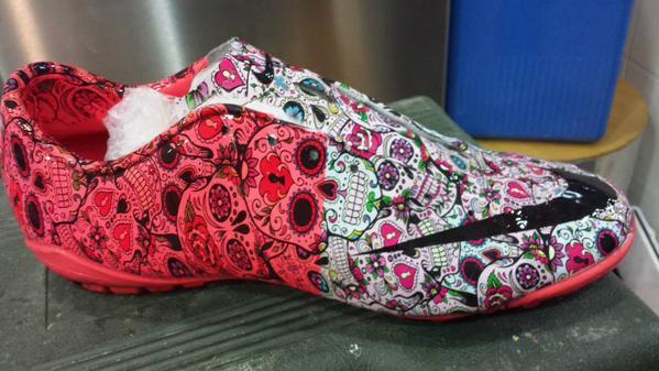 Pin Uno de los muchos modelos de botas feas que han salido al mercado.  Twitter eb8fa4f83b22d