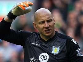 Brad Guzan, arquero del Aston Villa. AFP