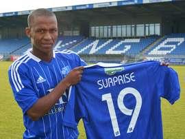 Bradley Ralani Surprise llega procedente del Lyngby danés. Lyngby