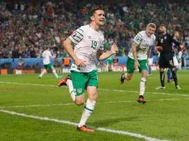 Brady celebra el gol que daba a Irlanda la victoria por la mínima ante Italia. UEFA