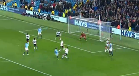 Brahim Diaz gets Manchester City's first against Fulham. Captura