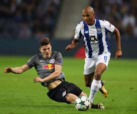 Yacine Brahimi was set to join West Ham this week. Twitter/FCP