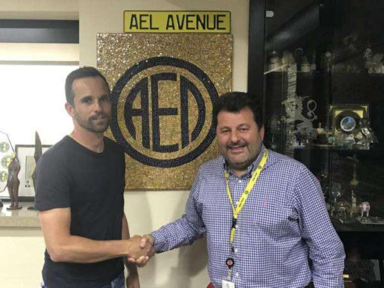 Bruno Baltazar seguirá en el AEL Limassol, al menos, hasta 2018. AELLimassol