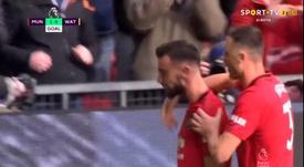Bruno Fernandes marque son premier but avec United face à Watford. Capture/SportTV2
