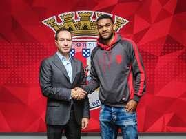 Viana é agora, em definitivo, jogador do Braga. scbraga