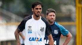 Bryan Ruiz jogador do Santos. Twitter @santistaroxo