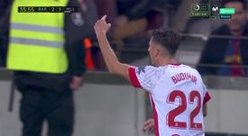 Budimir marcó dos goles en el choque entre Barça y Mallorca. Captura/MovistarLaLiga