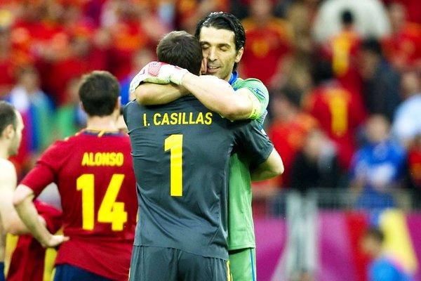 Buffon potrebbe sostituire Casillas al Porto. Twitter