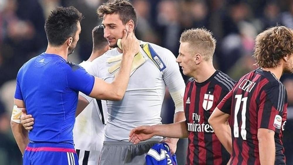 Buffon 'obliga' a Donnarumma a aspirar al Balón de Oro. EFE