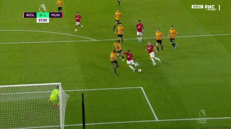 Golazo de Martial pour son 50e but sous les couleurs de Manchester United. Capture/RMCSports