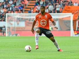 El Metz incorpora a título definitivo a Cafú. Lorient