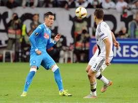 Callejón controla un balón. Twitter