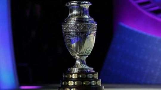 El VAR podría aparecer en la Copa América. AFP